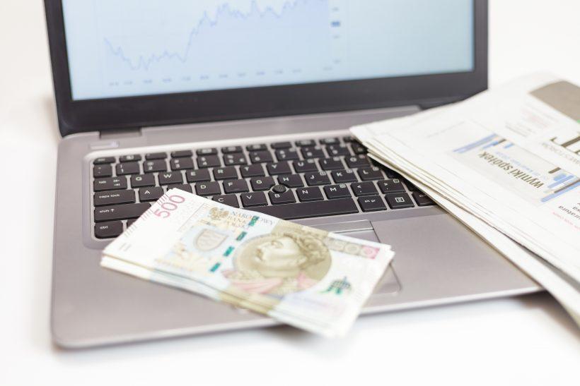 zasady pożyczania przez internet